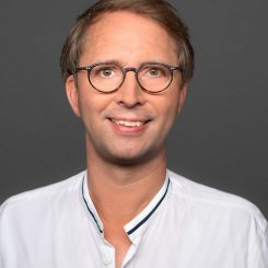 Professor_Julius_Heinicke_Kulturpolitik_Uni_Hildesheim-e1619678554213